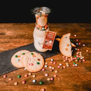 cookies mit smarties backmischung im glas