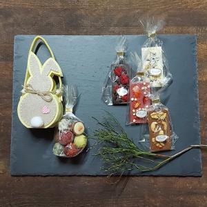 osterhase-geschenkbox-happy-hoppel